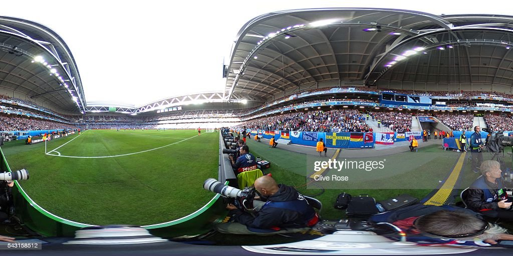 A general view during the UEFA EURO 2016 round of 16 match between Germany and Slovakia at Stade Pierre-Mauroy on June 26, 2016 in Lille, France.