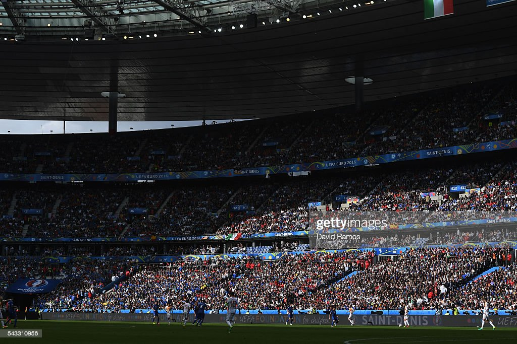 A general view during the UEFA EURO 2016 round of 16 match between Italy and Spain at Stade de France on June 27, 2016 in Paris, France.