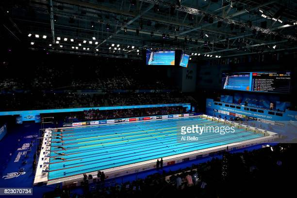 A general view during the Women's 200m Freestyle final on day thirteen of the Budapest 2017 FINA World Championships on July 26 2017 in Budapest...