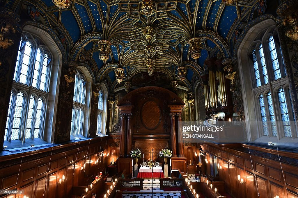 A general view inside the Royal chapel ahead of a service at Hampton Court Palace, in south west London on February 9, 2016. The sounds of Latin song will echo through the halls of Hampton Court Palace in London on Tuesday for the first Catholic service in more than 450 years to be held in anti-Vatican king Henry VIII's residence. Cardinal Vincent Nichols, head of the Catholic Church in England, celebrates the Vespers with Anglican Bishop of London Richard Chartres in a symbolic gesture of reconciliation between the two churches. / AFP / Ben STANSALL