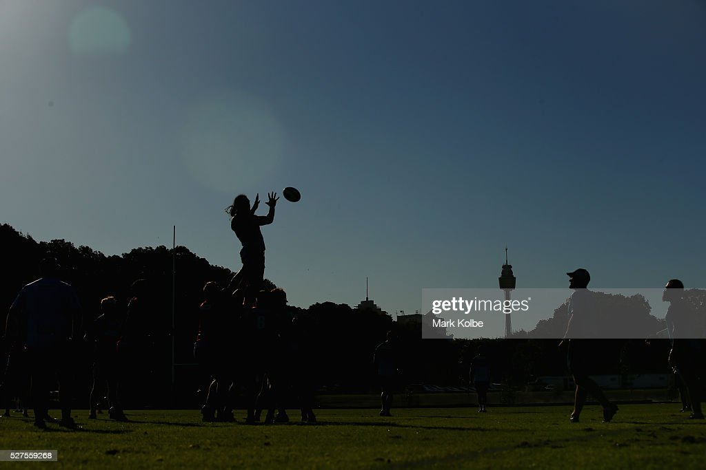 A general view is seen of a lineout during a Waratahs Super Rugby training session at Kippax Lake on May 3, 2016 in Sydney, Australia.