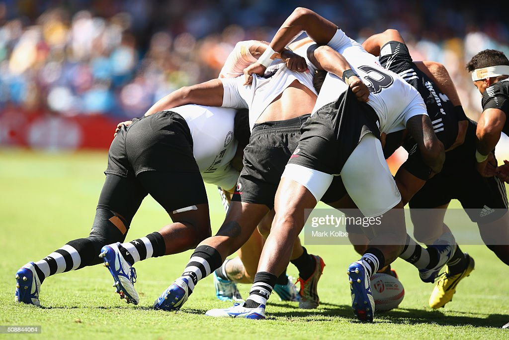 A general view is seen of a scrum during the 2016 Sydney Sevens cup semi final match between New Zealand and Fiji at Allianz Stadium on February 7, 2016 in Sydney, Australia.