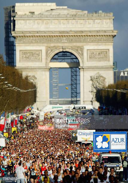 A general view is seen of the start of the Paris Marathon on April 4 in Paris