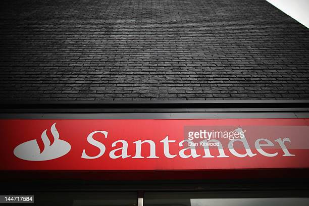 A general view of a Banco Santander bank on Tottenham Court Road May 18 2012 in London England Following ratings agency Moody's cut to the credit...