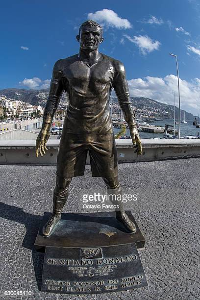 A general view of a Cristiano Ronaldo statue in front of the CR7 Museum on December 29 2016 in Funchal Madeira Portugal The museum is dedicated to...