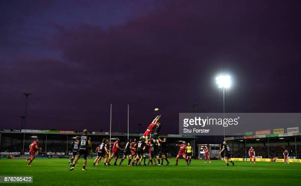 A general view of a lineout at dusk during the Aviva Premiership match between Exeter Chiefs and Harlequins at Sandy Park on November 19 2017 in...