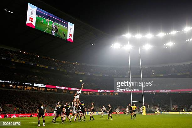 A general view of a lineout during the Aviva Premiership 'Big Game 8' match between Harlequins and Gloucester at Twickenham Stadium on December 27...