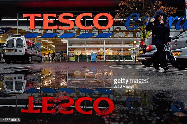 A general view of a Tesco supermarket on October 23 2014 in Glasgow ScotlandTesco one of Britains biggest supermarkets has announced a 919% plunge in...