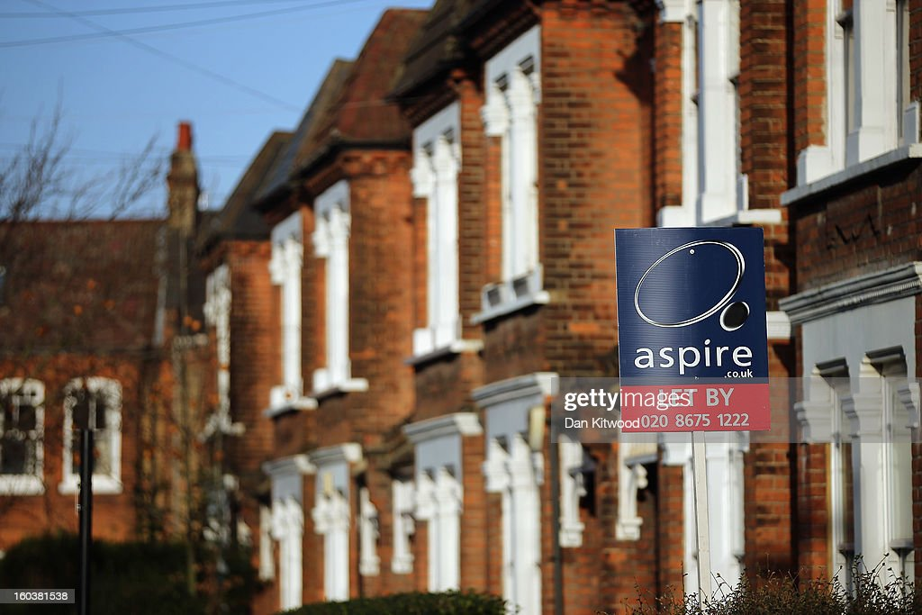 A general view of a To Let sign next to property near Clapham on January 30, 2013 in London, England. According to a report from independent analysts Oxford Economics, the average mortgage deposit for first-time buyers in London, is likely to exceed £100,000 GBP by 2020.