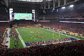 General view of action between the Arizona Wildcats and the Boise State Broncos during the first quarter of the Vizio Fiesta Bowl at University of...