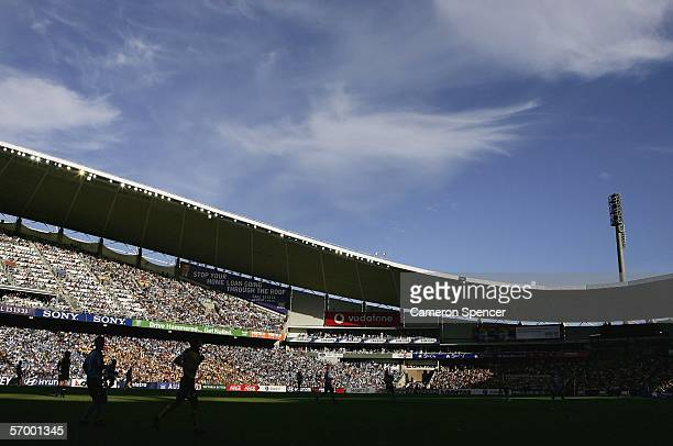 A general view of action during the Hyundai ALeague Grand Final between Sydney FC and the Central Coast Mariners at Aussie Stadium March 5 2006 in...