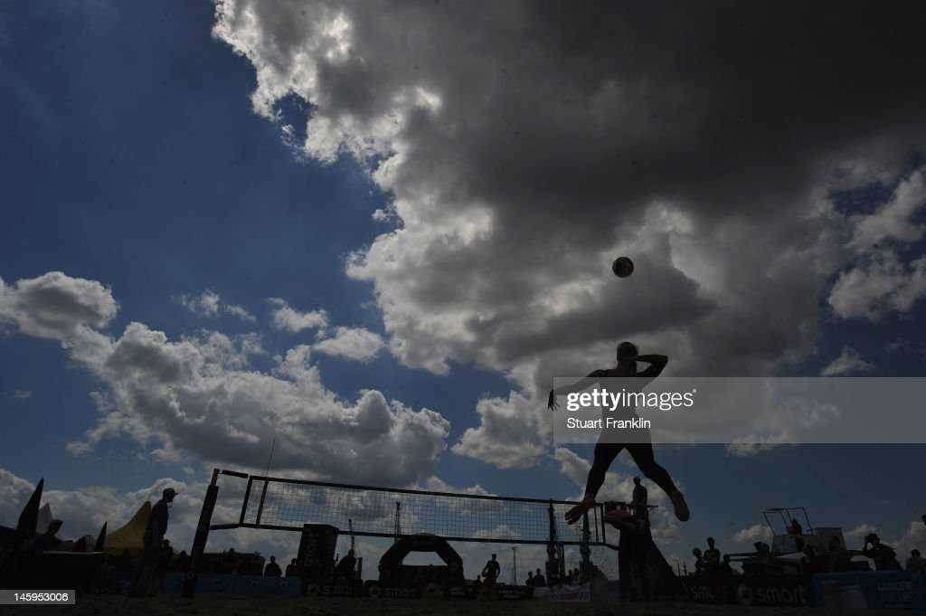 A general view of action during the primliary rounds of the Smart beach tour 2012 beach volleyball event on June 8, 2012 in Hamburg, Germany.