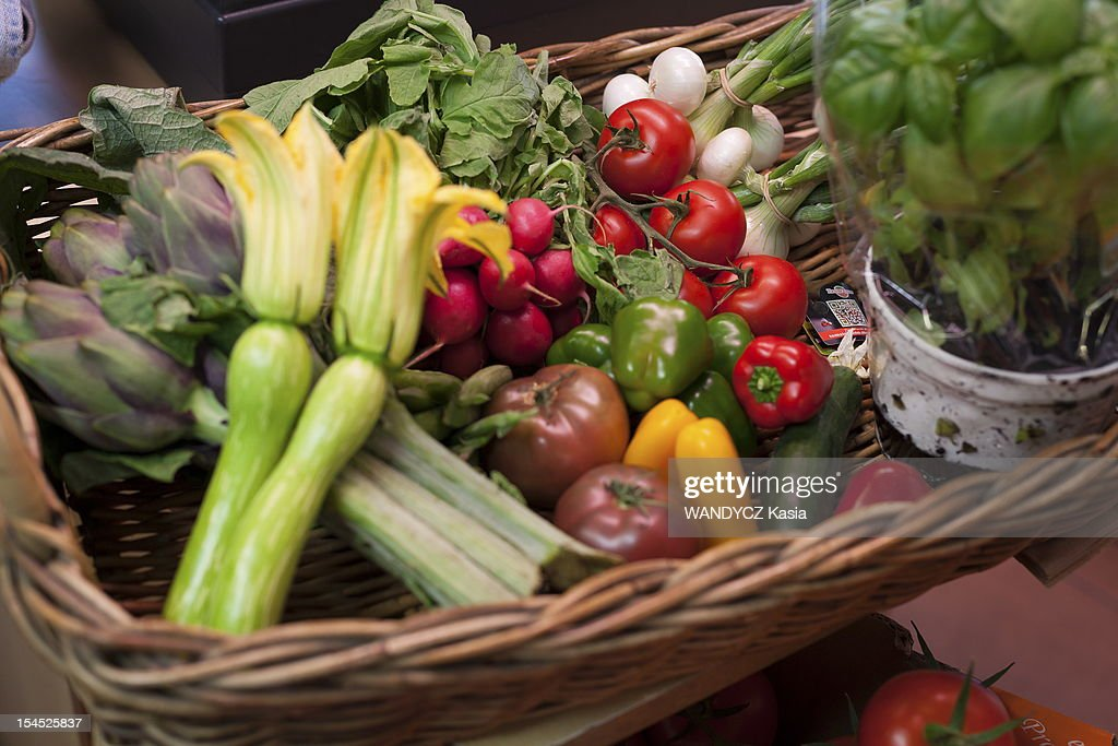 General view of all the regional vegetables for the recipe by Chief Frederic Anton who is competing for the prize 'les étoiles de Moulin' with a special recipe of Pan Bagnat during the 7th International Food Festival in Mougins on october 15, 2012 in Mougins on the Cote d'Azur.