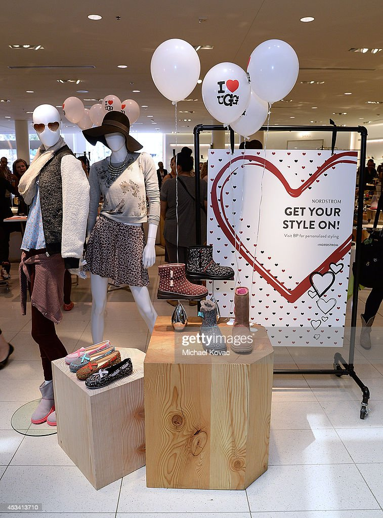 ugg store at the grove