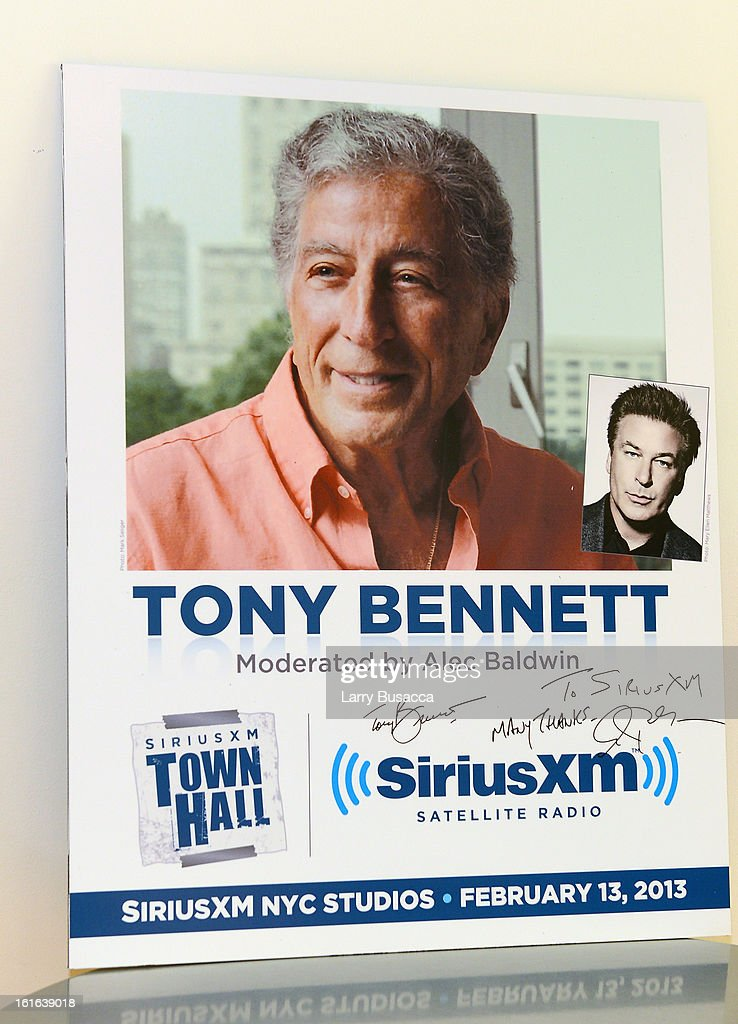 A general view of atmosphere at 'SiriusXM's Town Hall with Tony Bennett' and Moderator Alec Baldwin at SiriusXM Studio on February 13, 2013 in New York City.