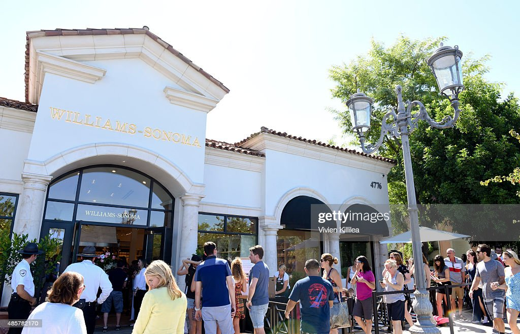 A general view of atmosphere at WilliamsSonoma and Kris Jenner Get Cooking at Grand Opening of store at The Commons at Calabasas on August 29 2015 in...