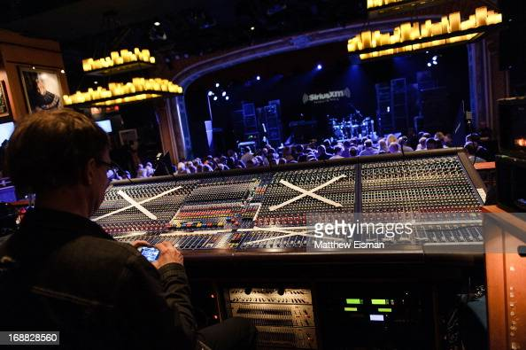 A general view of atmosphere during 'SirusXM Sounds Of Summer' Series featuring musician Trace Adkins at Hard Rock Cafe New York on May 15 2013 in...
