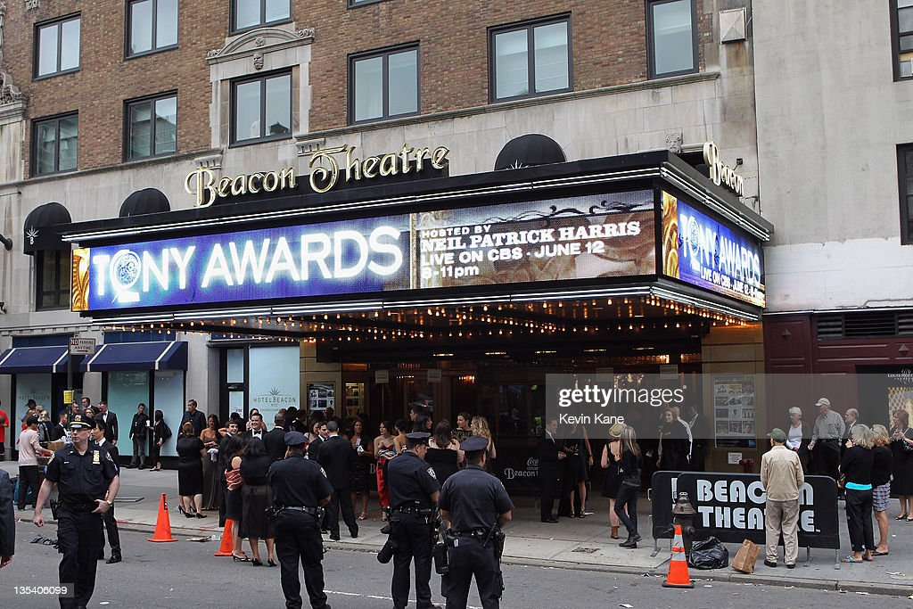 General view of atmosphere during the 65th Annual Tony Awards at the Beacon Theatre on June 12, 2011 in New York City.