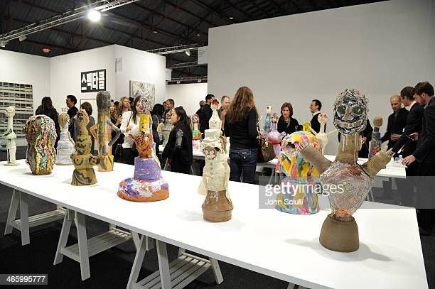 La art show stock photos and pictures getty images for Craft shows in louisiana