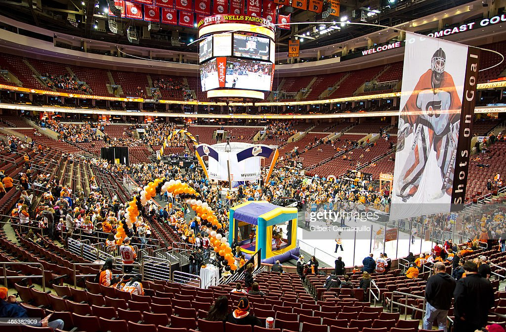 General view of atmosphere during the welcoming of David Boreanaz as a celebrity co-chair to the 37th Flyers Wives Carnival at Wells Fargo Center on January 26, 2014 in Philadelphia, Pennsylvania.