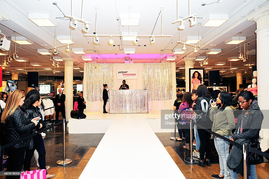 General view of atmosphere of Mack Wild's visit at Macy's Herald Square on April 5, 2014 in New York City.
