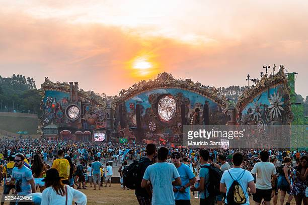 A general view of atmosphere shows the sunset during the second day of the Tomorrowland music festival at Parque Maeda Itu on April 22 2016 in Sao...