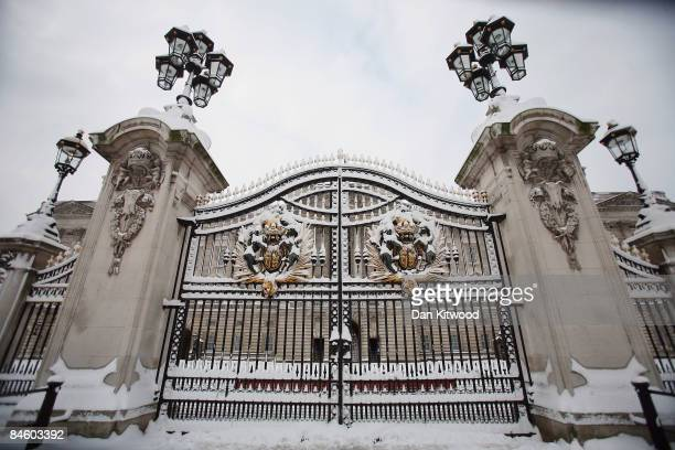 A general view of Buckingham Palace gates after a night of heavy snow on February 2 2009 in London England Heavy snow has fallen across parts of...