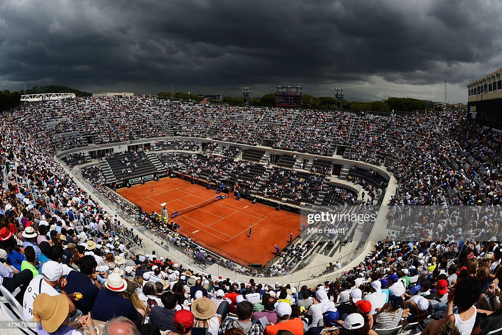 A general view of Centre Court during the Women's Semi Final between <a gi-track='captionPersonalityLinkClicked' href=/galleries/search?phrase=Carla+Suarez+Navarro&family=editorial&specificpeople=5294252 ng-click='$event.stopPropagation()'>Carla Suarez Navarro</a> of Spain and <a gi-track='captionPersonalityLinkClicked' href=/galleries/search?phrase=Simona+Halep&family=editorial&specificpeople=4835837 ng-click='$event.stopPropagation()'>Simona Halep</a> of Romania on Day Seven of The Internazionali BNL d'Italia 2015 at the Foro Italico on May 16, 2015 in Rome, Italy.