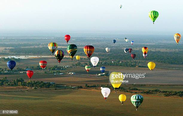 A general view of competitors in action during the 2004 World Hot Air Balloon Championships July 2 2004 in Mildura Australia The event began June 26...