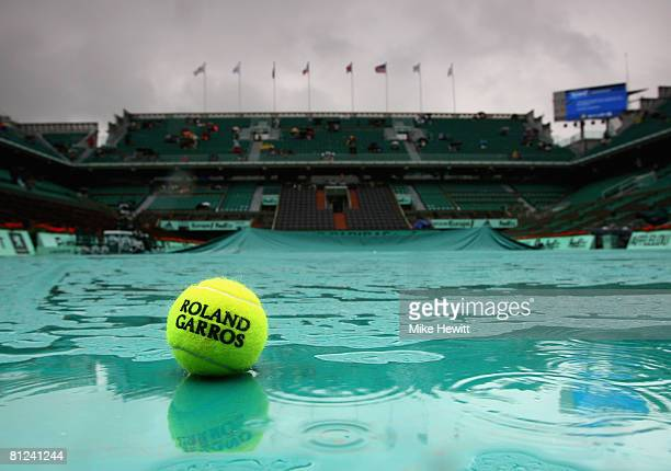 A general view of Court Chatrier as rain delays play on day three of the French Open at Roland Garros on May 27 2008 in Paris France