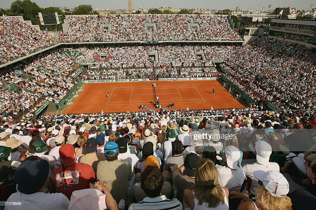A general view of Court Philippe Chatrier taken during the match between Roger Federer of Switzerland and Rafael Nadal of Spain during the Men?s Singles Final on day fifteen of the French Open at Roland Garros on June 11, 2006 in Paris, France.