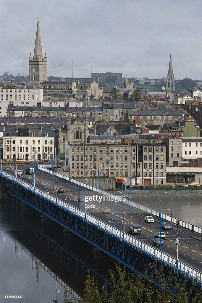 A general view of Craigavon bridge and the city of Londonderry which crosses the river Foylle, Derry, Northern Ireland, circa 1987.