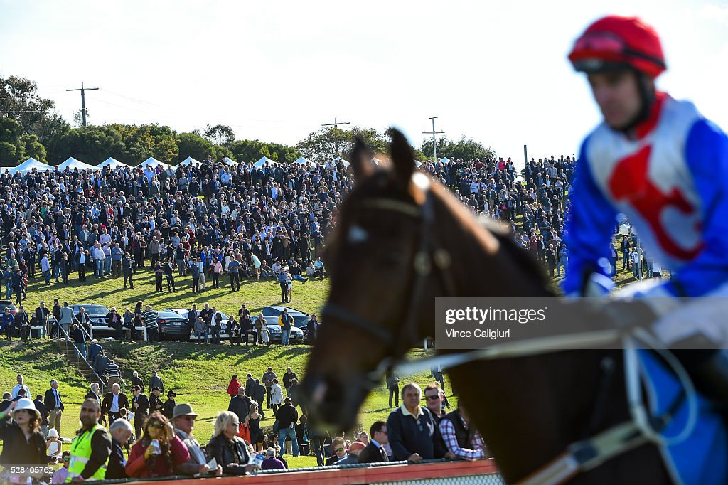 General view of crowd on the hill before winning Race 7, Grand Annual Steeplechase during Grand Annual Day at Warrnambool Race Club on May 5, 2016 in Warrnambool, Australia.