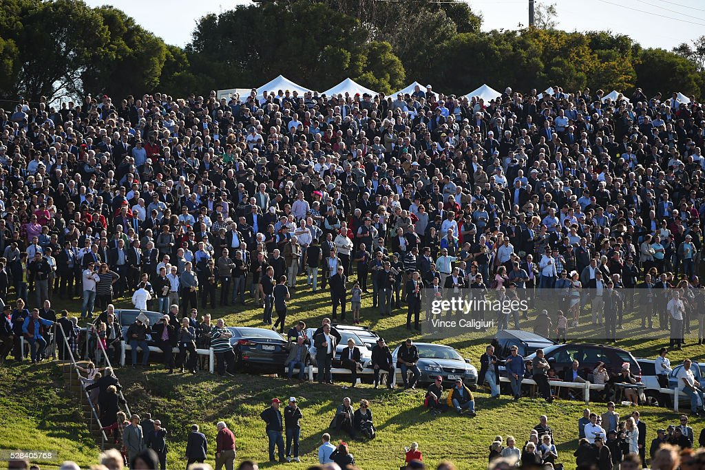 General view of crowds on the hill watching Race 7, Grand Annual Steeplechase during Grand Annual Day at Warrnambool Race Club on May 5, 2016 in Warrnambool, Australia. The race was won by Richard Cully riding No Song No Supper for trainer Pat Payne