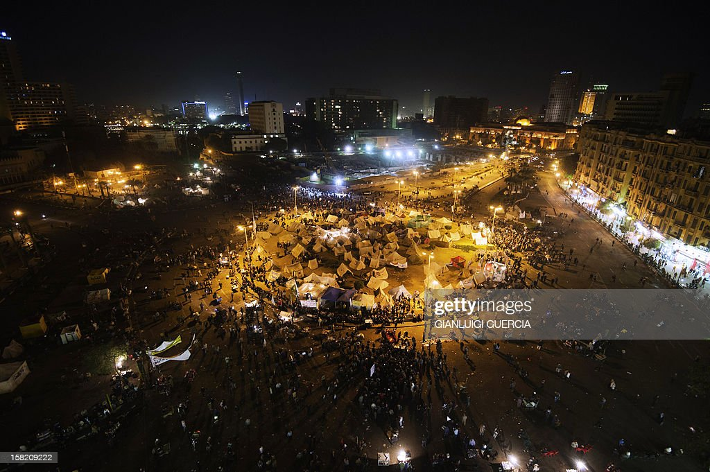 A general view of Egypt's landmark Tahrir square is seen on December 11, 2012 in Cairo. Protesters gathered in Cairo for rival rallies over a deeply disputed constitutional referendum proposed by Egypt's Islamist president, Mohamed Morsi, raising fears of street clashes. AFP PHOTO/GIANLUIGI GUERCIA