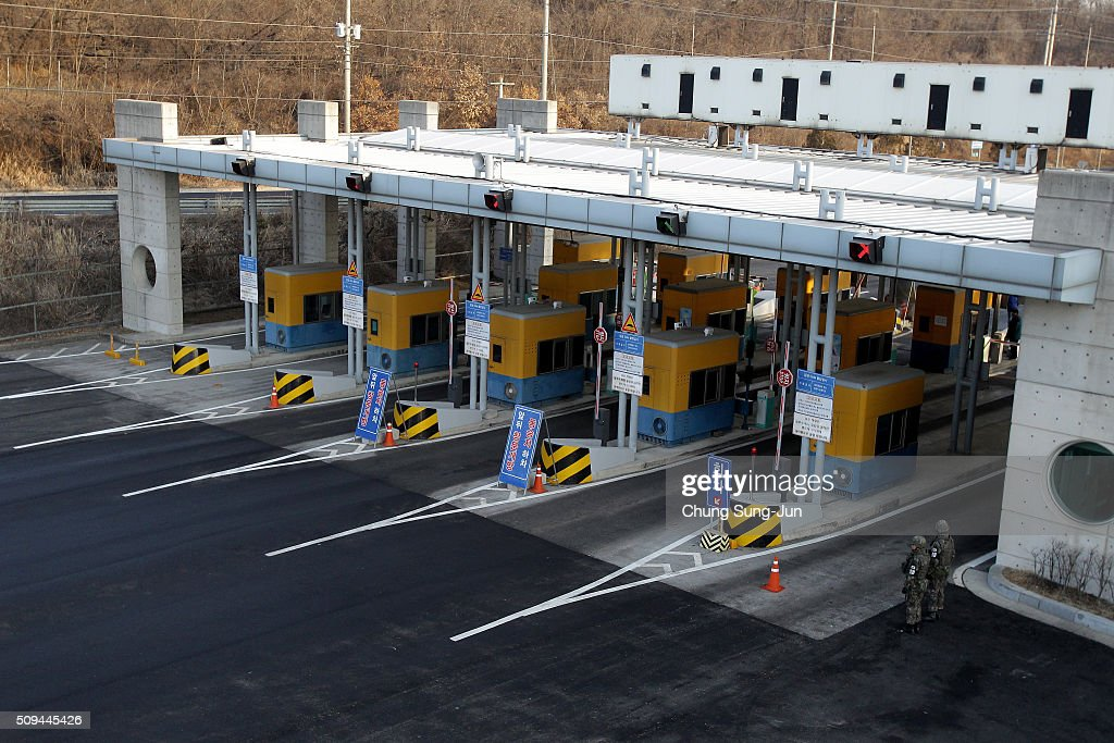 A general view of empty toll gate connecting Kaesong Industrial Complex (KIC) with South's CIQ (Customs, Immigration, Quarantine) at inter-Korean transit office on February 11, 2016 in Paju, South Korea. South Korea announced on February 10, 2016 that the country would close an industrial complex jointly ran with North Korea, as the strongest response for North's recent nuclear test and rocket launch.