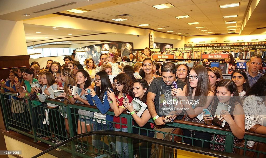 General view of fans at the Chloe Grace Moretz book signing on August 1, 2014 in Miami, Florida.