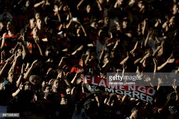A general view of fans of Flamengo during the match between Fluminense and Flamengo as part of Brasileirao Series A 2017 at Maracana Stadium on June...
