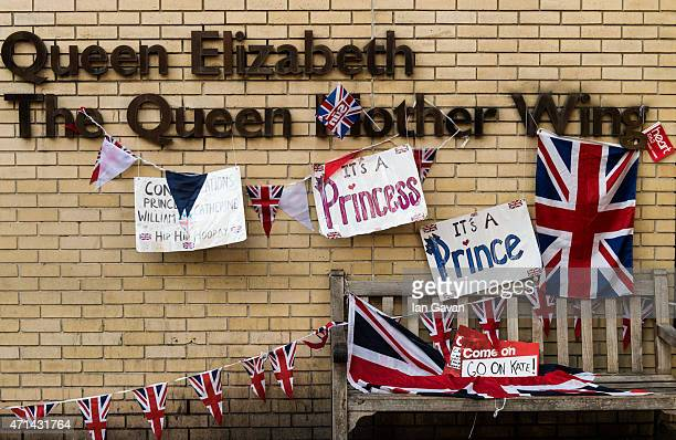 General view of flags and placards outside the Lindo Wing at St Mary's Hospital on April 28 2015 in London England Catherine Duchess of Cambridge is...