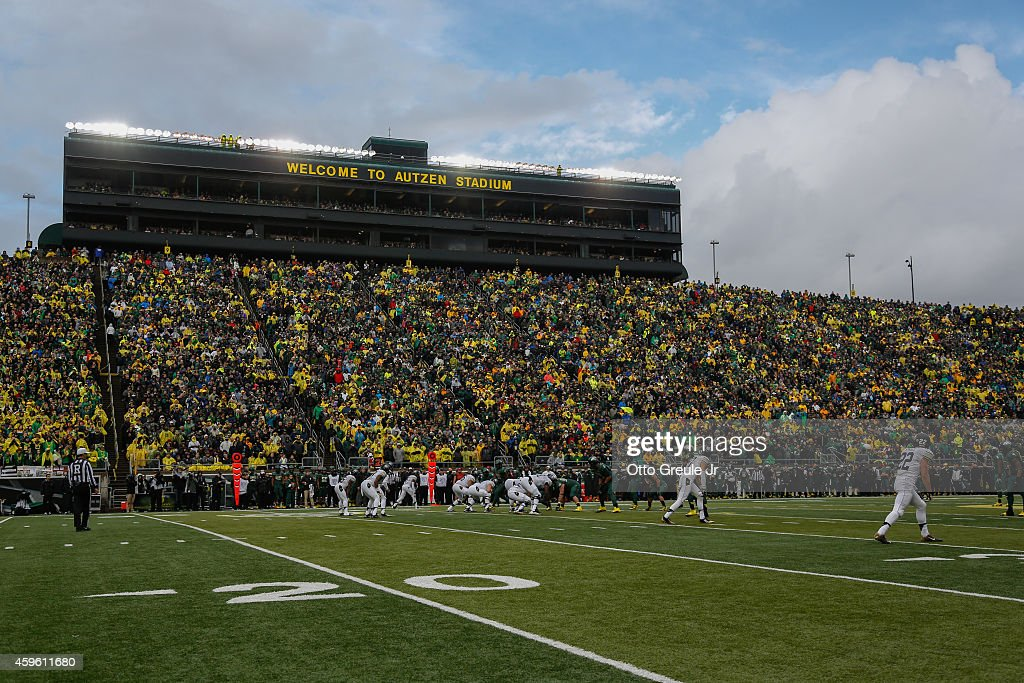 A general view of game action between the Colorado Buffaloes against the Oregon Ducks at Autzen Stadium on November 22 2014 in Eugene Oregon