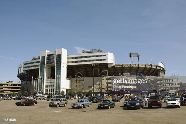 General view of Giants Stadium before the game between the New York Giants and the St Louis Rams on September 7 2003 in East Rutherford New Jersey...