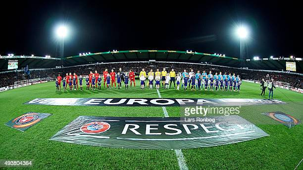 General view of he players of FC Midtjylland and SSC Napoli walking on to the pitch prior the UEFA Europa League match between FC Midtjylland vs SSC...