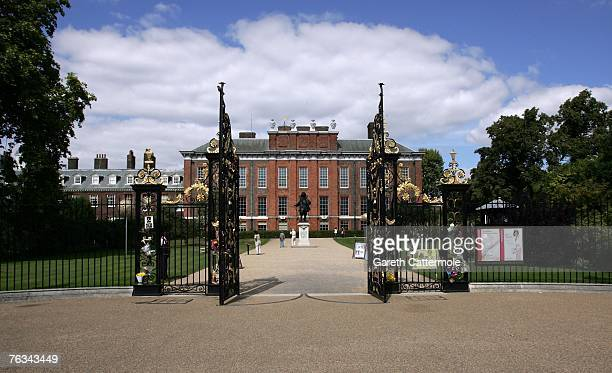 A general view of Kensington Palace where floral tributes have been left in memory of Princess Diana on August 27 2007 in London England Friday...
