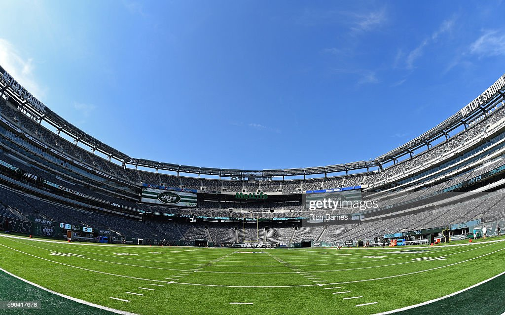 General view of MetLife Stadium prior to the start of the preseason game between the New York Giants and the New York Jets on August 27, 2016 in East Rutherford, New Jersey.