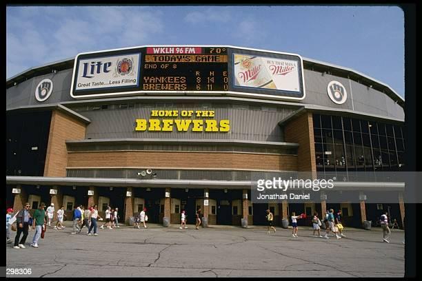 General view of Milwaukee County Stadium in Milwaukee Wisconsin Mandatory Credit Jonathan Daniel /Allsport