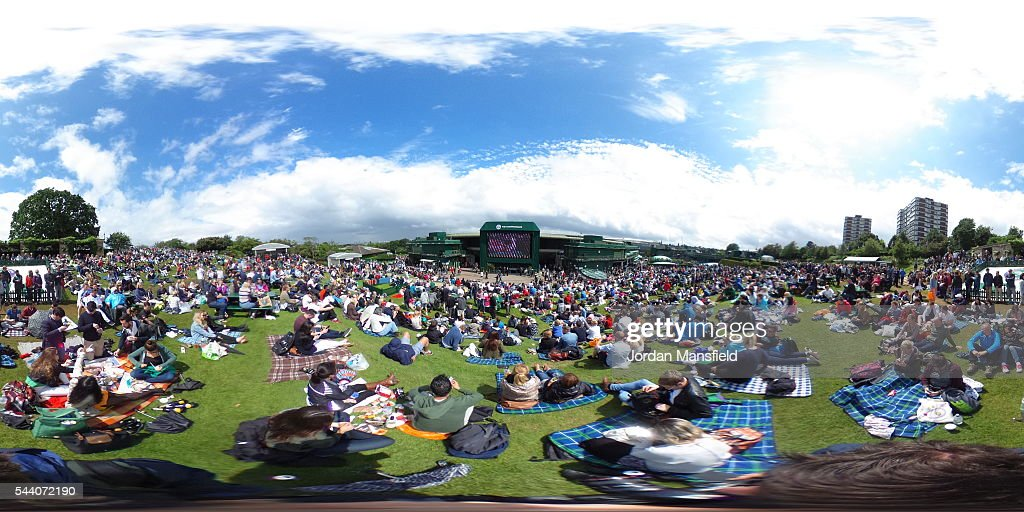 A general view of Murray mound on day five of the Wimbledon Lawn Tennis Championships at the All England Lawn Tennis and Croquet Club on July 1, 2016 in London, England.