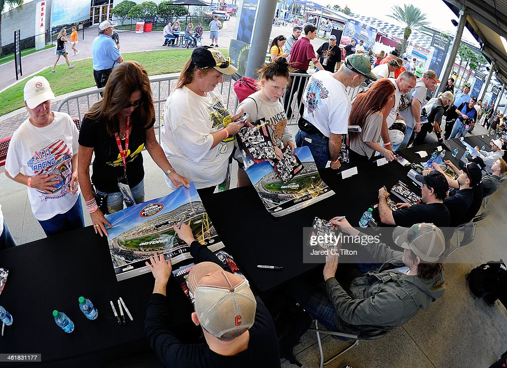 A general view of Nationwide Series drivers signing autographs for fans during NASCAR Preseason Thunder at Daytona International Speedway on January 11, 2014 in Daytona Beach, Florida.