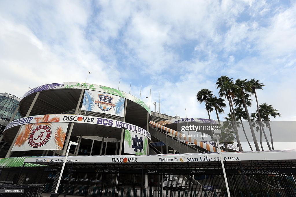 A general view of outside the stadium during Media Day ahead of the Discover BCS National Championship at Sun Life Stadium on January 5, 2013 in Miami Gardens, Florida.
