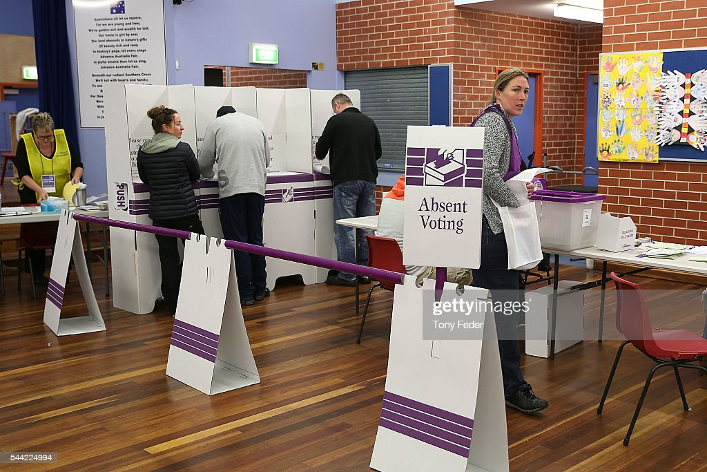 A general view of people voting at the Woongarrah Public School in the electorate of Dobell on July 2, 2016 in Gosford, Australia. Voters head to the polls today to elect the 45th parliament of Australia.