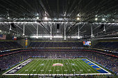 A general view of play between the Kansas State Wildcats and the UCLA Bruins during the Valero Alamo Bowl at Alamodome on January 2 2015 in San...